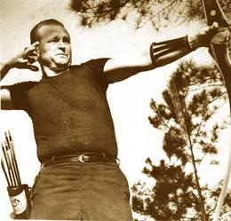 Frank with fred bear 1967 nfaa bare bow champion